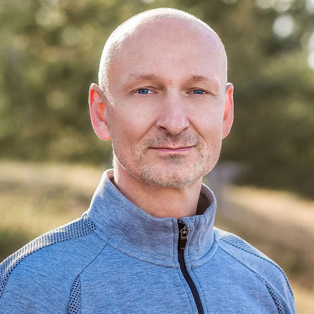 YOGAmar Ruegen Frithjof Bluhm
